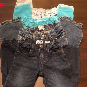 ❤️ girls jeans 4/$18 all size 3T❤️